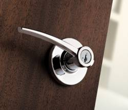 Kwikset Katara Contemporary Door Lever with SmartKey
